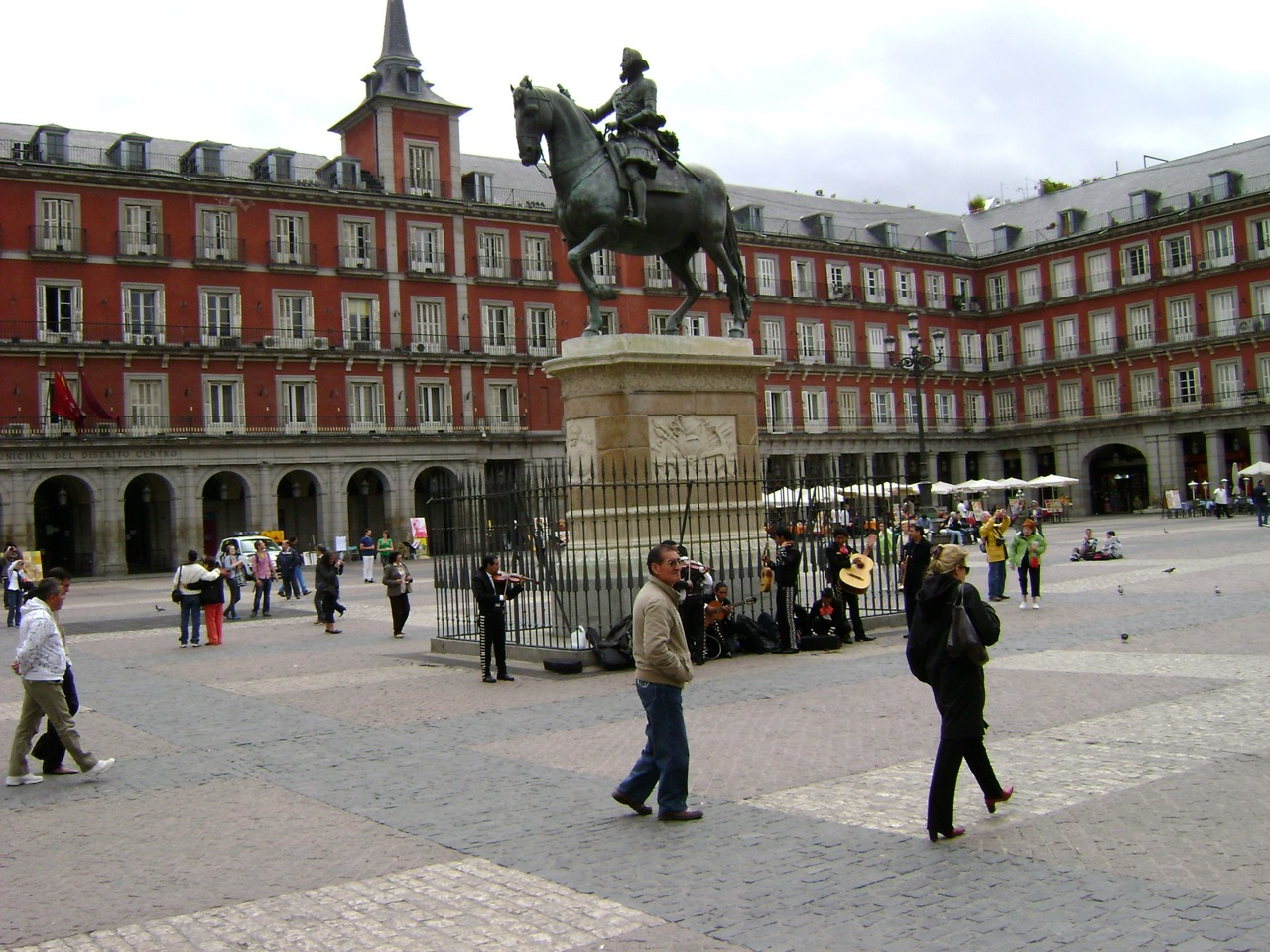 1fttravel-madrid-spain-2009-1