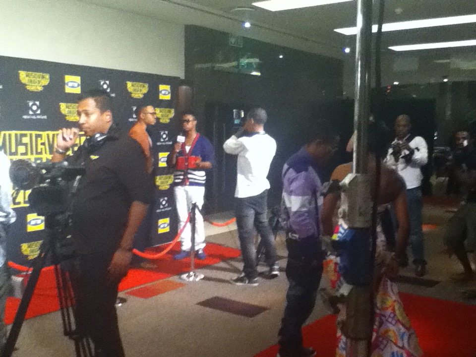 tolumide-channel-o-music-video-awards-johannesburg-south-africa-2010-2-of-21