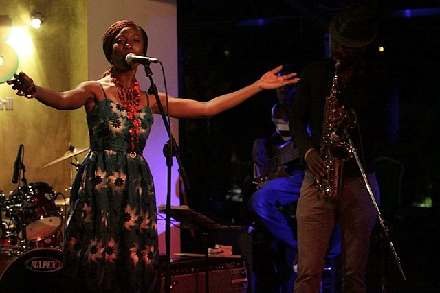 tolumide-music-promo-tour-accra-ghana-2010-5-of-9